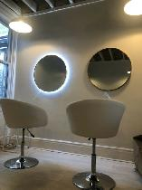 SALON CHAIR FOR RENT YORKVILLE