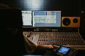 We are looking for Recording Engineers