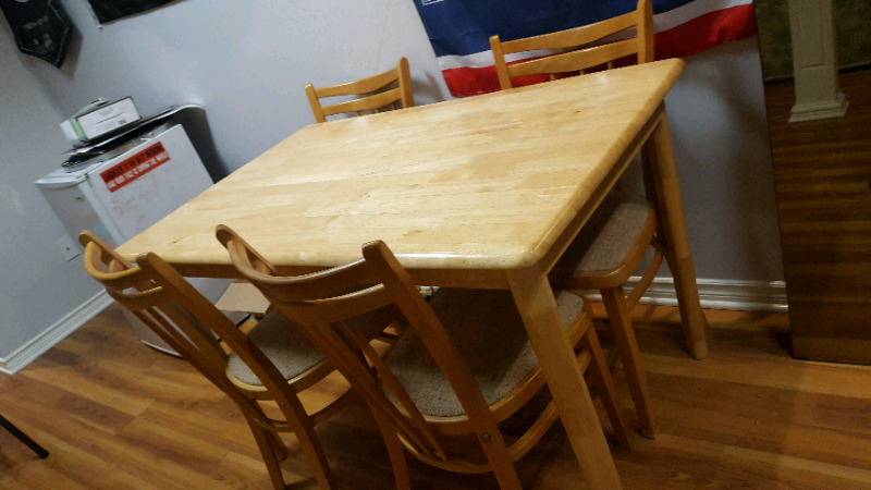 Dining Room Table With 4 Chairs Ottawa