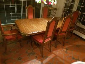 Adjustable Dinning table with 6chairs