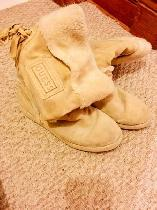 GUESS UGG Boots
