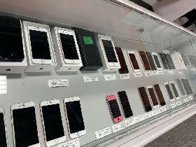 IPHONE 6S 64GB $340, SAM J8 64GB $380, IPHONE 7 32GB $400