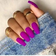HIRING a NAIL TECHNICIAN for a full time position